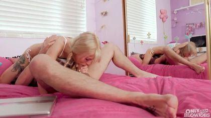 Блондинка с косичками мастурбирует и страстно сосет толстый член друга #7