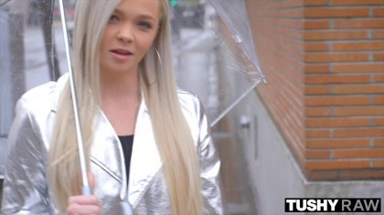 Пикапер развел красивую блондинку на анальный секс #1