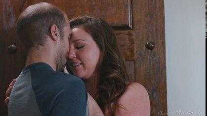 Муж снял на камеру, как его жена трахается с любовником #10