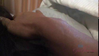 Брат накончал в киску спящей без трусиков сестры #1