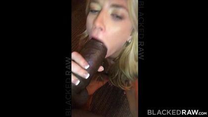 Черный елдак входит в бездонный ротик белой пьяной минетчицы #4