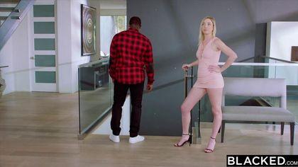 Черный мужик изменил жене с белой домработницей и обкончал ее #3