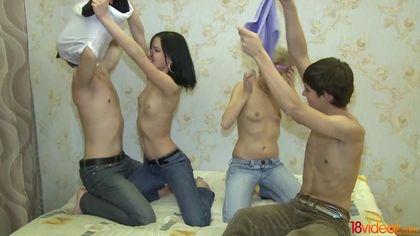Два пацана приглашают соседок и ебут их до спермы во все щелки #5