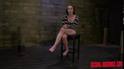Разгоряченный самец устроил девушке жесткий секс в стиле БДСМ #10