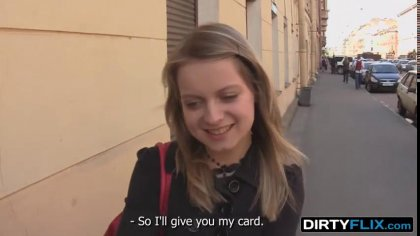 Молодую блондинку заманили на порно кастинг, где ее ждал жаркий секс #1