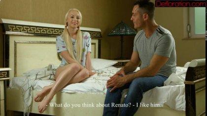 Блондинка отсасывает член нового приятеля, а тот балует ее проникновением #2